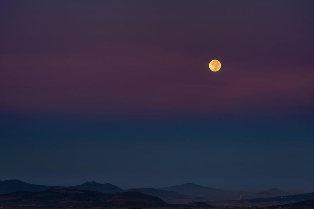 Luna_llena_Parque_Natural_El_Rey_Fotográfo-Ignacio Arcas-